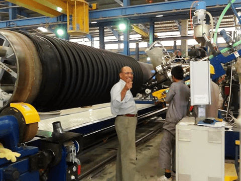 Client in KUWAIT, DN300-DN4000 HDPE/PP Spiral Profiles Pipe Production Line